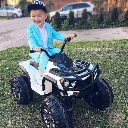 Электроквадроцикл Grizzly 4WD белый (АКБ 12v 10ah, колеса резина, сиденье кожа, пульт, музыка)
